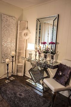 Home decoration allows you to create luxury yet modern interior design projects. Glam Living Room, Living Room Decor Cozy, Bedroom Decor, Hallway Decorating, Entryway Decor, Foyer, Modern Interior Design, Modern Decor, Home Decor Inspiration
