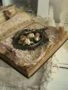 nelly vintage home: Експеримент с книги