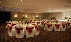 How Any Reliable Restaurant Covers The Food For Wedding Party?