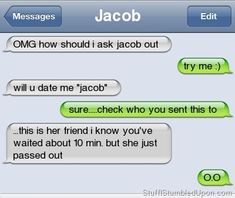 Text Fail To Crush Funny Text Messages Funny Text Fails Crush Relationships Autocorrect Fail. 9gag Funny, Funny Texts Jokes, Funny Sms, Text Jokes, Stupid Funny Memes, Funny Relatable Memes, Funny Quotes, Funny Humor, Epic Texts