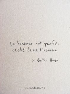 Le bonheur est parfois caché - Want to live in France like a local? Look no further www. Valentine's Day Quotes, Work Quotes, True Quotes, Quotes To Live By, Funny Quotes, Family Quotes, Quotes About Friendship Memories, Memories Quotes, Friendship Quotes