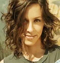 Google Image Result for http://performingsongwriter.com/wp-content/uploads/2010/10/Alanis-Morissette.jpg