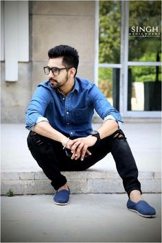 Babbal Rai........... Indian Celebrities, Hollywood Celebrities, Punjabi Boys, Hot Country Men, Gents Hair Style, Punjabi Models, Punjabi Actress, Portrait Photography Men, Indian Boy
