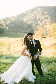 heyprettywedding:  Seriously beautiful photo.