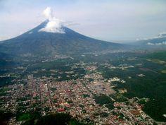 """Volcan de agua """" Water Volcano"""" , Guatemala."""
