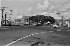 Bill ✔️ Wellington, Pitt, Union & Nelson Streets intersection Auckland, New Zealand in late 1960's, before 'Spaghetti Junction' was completed. This image relates to my adjacent pin including St James Church. Note the Pohutukawa trees. (Was called Pohutukawa Corner in the old days). Bill Gibson-Patmore. (curation & caption: @BillGP). Bill✔️