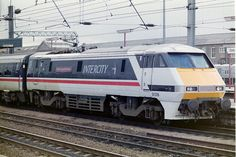 class 91 91018 - Google Search Railroad Pictures, Electric Train, Electric Locomotive, Model Trains, Taiwan, Diesel, Transportation, British, Europe