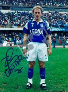 Ricardo Lunari 1996 #millonarios Football Players, Running, History, Retro, World, Football Team, Champs, Sports, Deep Blue