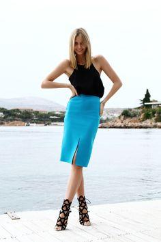 bright blue knee high skirt black tank top adorable black shin high heels