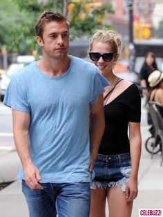 i the sunglasses, easy updo, simple outfit (shorts rather short though. Teresa Palmer, Scott Speedman, Easy Updo, Simple Outfits, Hot, Blue Jeans, Sunglasses, Couples, Summer