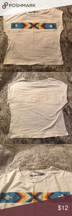URBAN OUTFITTERS small crop top URBAN OUTFITTERS small crop top in white with design Urban Outfitters Tops Crop Tops