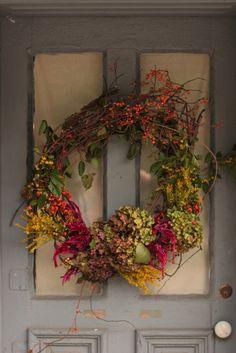 Wild rustic autumn wreath