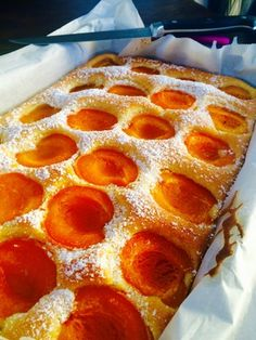 Marillenkuchen Rezept Just Desserts, Delicious Desserts, Yummy Food, Paleo Dessert, Dessert Recipes, Healthy Protein Breakfast, Apricot Cake, German Cake, Food And Drink
