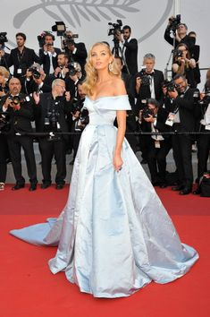 "Elsa Hosk dressed in Alberta Ferretti ice blue gown at the ""The Beguiled"" screening during the 70th annual Cannes Film Festival. #cannes #festivaldecannes #cannes2017 #cannesfilmfestival #redcarpet #celebrity #fabfashionfix #elsahosk"