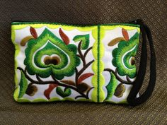 Cotton Flower Colorful purse Embroidery Chinese Hmong Hilltribe Thailand. (KP1051)