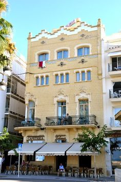 Sitges, Great Memories, Barcelona, Mansions, House Styles, Home, Walks, Paths, Tourism