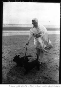 Deauville : baigneuse 1928: [photographie de presse] / Agence Meurisse - 1