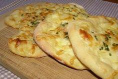 Pita chlebíček se sýrem a jogurtem