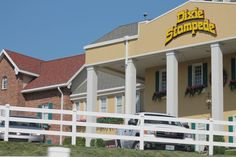 DOLLY PARTONS DIXIE STAMPEDE IN BEAUTIFUL BRANSON MISSOURI