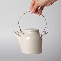 Naoto Okada | Teapot - Analogue Life