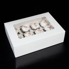 """Cake box that measures 14"""" x 10"""" x 4.25"""" WITH a window. Can fit either 1/4 sheet cake box, 1 dozen cupcake box or be used as a cookie box. Price $9.30"""