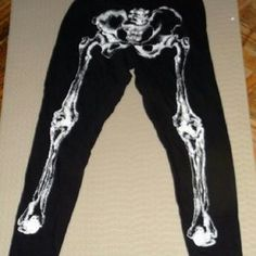 I just discovered this while shopping on Poshmark: Hot topic trendy skeleton leggings. Check it out! Price: $9 Size: XL
