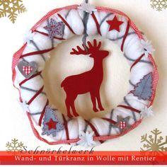 Weihnachtsdeko - Wand- und Türkranz Filz-Wolle Weiß mit Rentier - ein Designerstück von Schnoerkelwerk bei DaWanda