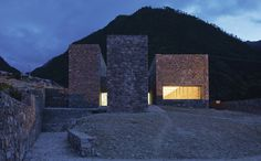 Centro de Visitantes Tibet Namchabawa / standardarchitecture