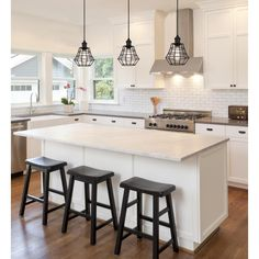 L Shaped Kitchen Layout With An Arched Overhang On The