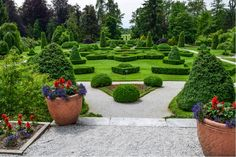 Französischer Garten in Volcji Potok, Slowenien  ... #ifeelslovenia #volcjipotok #garten #twoslo