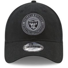 New Era Oakland Raiders The Varsity 9TWENTY Cap ($21) ❤ liked on Polyvore featuring men's fashion, men's accessories, men's hats, black and mens caps and hats