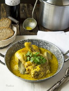 La cocina de Frabisa: Gallina (o pollo) en pepitoria de la tía Josefa#.UPMGbCfAdMQ#.UPMGbCfAdMQ