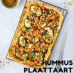Hummus plaattaart met gegrilde groente - Blackbirdsandcake - Nederlandse vegan blog  taarten Nijmegen Vegan Dinner Recipes, Vegan Recipes Easy, Veggie Recipes, Vegetarian Recipes, Vegan Diner, Vegan Challenge, Scallop Recipes, Vegan Blogs, Pizza