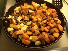 What I Gather: Hauswarming Sweet Potatoes and Apples. CHECK. Making again. So good. Did 1 sweet potato and 2 apples instead.