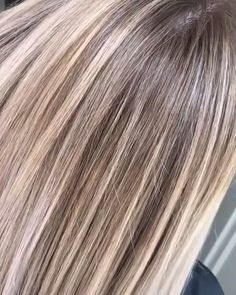Amazing Baby Pink Hair Color Shades for Women 2019 Brown Hair Dyed Blonde, Dark Roots Blonde Hair, Icy Blonde, Blonde Wig, Dyed Hair, Blonde Honey, Honey Balayage, Brown Balayage, Balayage Hair