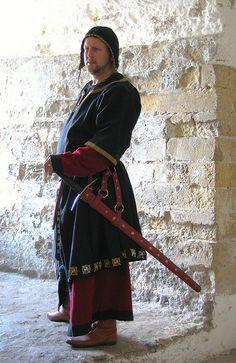Jarl Sigvard Galt, Gift med Ulrika Galt (f. Säte i Rödestrand. Medieval Life, Medieval Fashion, Medieval Dress, Medieval Clothing, Medieval Fantasy, Historical Clothing, Steampunk Clothing, Steampunk Fashion, Renaissance