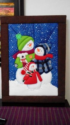 Discover recipes, home ideas, style inspiration and other ideas to try. Felt Christmas, Christmas Holidays, Christmas Ornaments, Snowman Decorations, Christmas Tree Decorations, Snowmen Pictures, Christmas Paintings, Christmas Embroidery, Santa Gifts