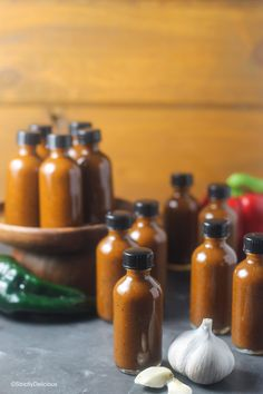 Roasted Garlic and Poblano Hot Sauce - StrictlyDelicious Hot Pepper Recipes, Hot Sauce Recipes, Spicy Recipes, Vegan Recipes, Stuffed Anaheim Peppers, Stuffed Hot Peppers, Coconut Oil Weight Loss, Flake Recipes, Hot Salsa