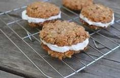 The fat-burning coconut cookies you can eat for breakfast to boost your metabolism : Protein Cookies The Hearty Soul Coco Cookies, Cookies Et Biscuits, Seed Cookies, Healthy Treats, Healthy Desserts, Dessert Recipes, Happy Healthy, Coconut Recipes Healthy, Keto Recipes