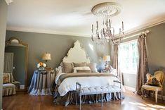 romantic bedroom design 14 http://hative.com/romantic-bedroom-interior-design-ideas-for-inspiration/