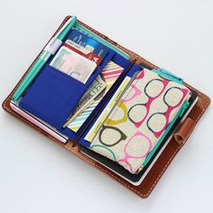 Geek Chic - DoriDiva TN wallet insert