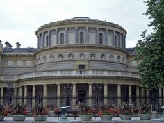Best Attractions In Dublin: National Museum of Ireland - Archaeology center (source: wiki)