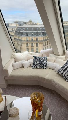 Interior Architecture, Interior And Exterior, Interior Design, Paris Apartments, Dream Apartment, My Dream Home, Future House, New Homes, Outdoor Sectional