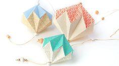 Série de 3 pampilles d'Adeline Klam déclinées en papier japonais bicolore.