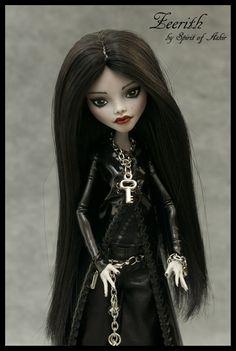 ~*Zeerith* OOAK Monster High custom GHOULIA repaint & outfit by `Spirit of Askir´ | eBay~