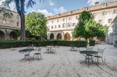 Hotel le Couvent Royal à Saint-Maximin in Var ©ChateauxetHotelsCollection