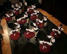 Néptánc Hungarian Dance, Heart Of Europe, Folk Dance, My Roots, Peace On Earth, How Beautiful, Hungary, Dancers, Photos