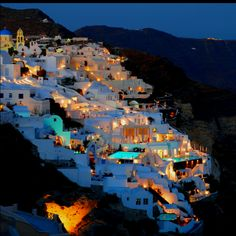 Greece... Another romantic spot I'd love to visit with my love.