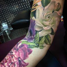 gardenia tattoo by phil garcia incredible ink pinterest tattoos and body art gardenia. Black Bedroom Furniture Sets. Home Design Ideas