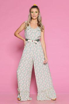 Salopeta VIRA A - Mathilde Summer, Pants, Dresses, Fashion, Trouser Pants, Vestidos, Moda, Summer Time, Fashion Styles